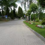 aleja na cmentarzu komunalnym